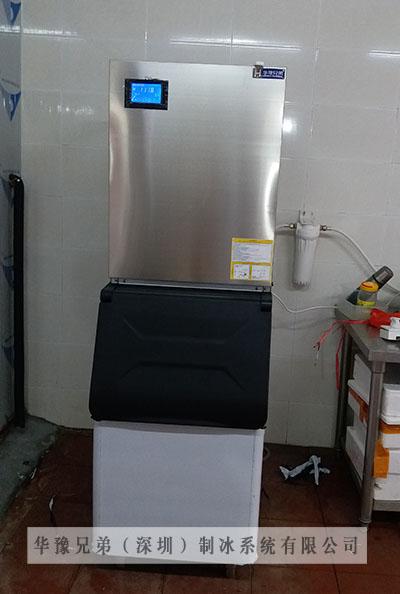 300公斤雪花制冰机交付广东佛山某工厂使用(图1)